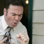 Симптоматика и причины появления лающего кашля у взрослых и детей